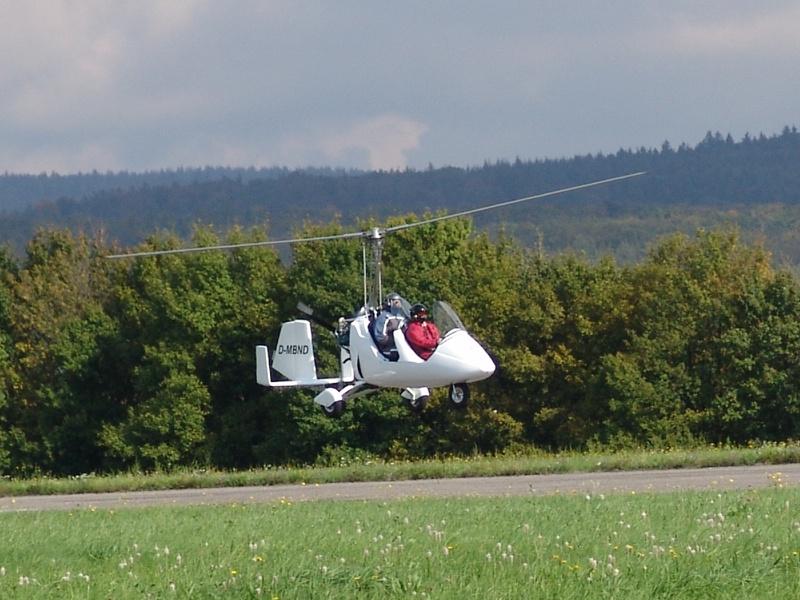 Tragschrauber bei der Landung