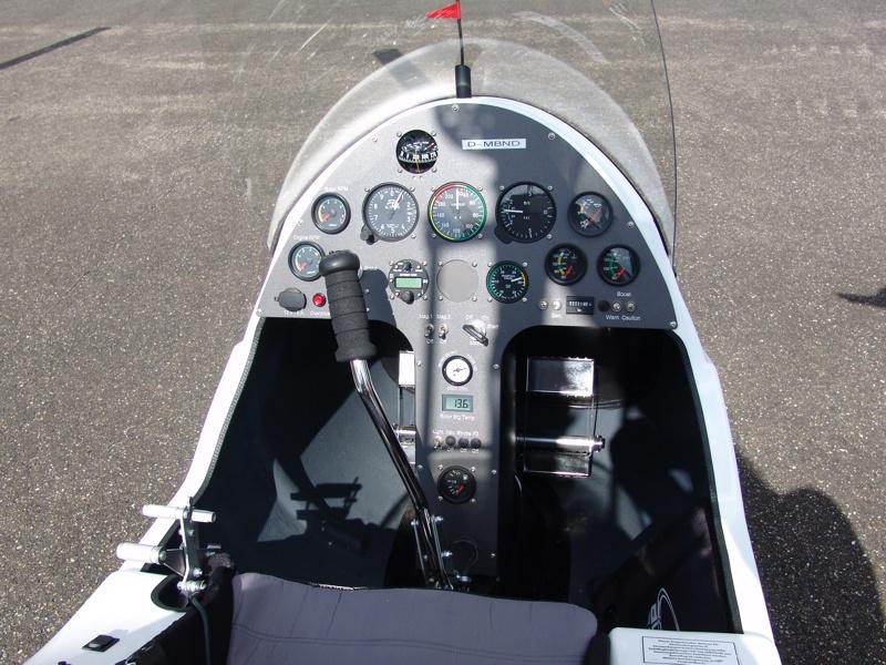 Cockpit des MT0Sport